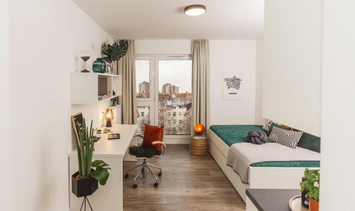Cube Life, Objekt Hainbase Hannover, Abbildung des Zimmers mit Ausblick