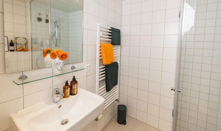 Cube Life, Objekt Hainbase Hannover, Abbildung des Badezimmers