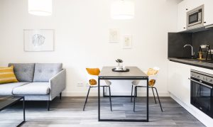 Innenansicht eines Apartments der Urban Base in Wiesbaden