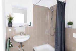 Badezimmer in einem Apartment im Barton Living der Cube Real Estate